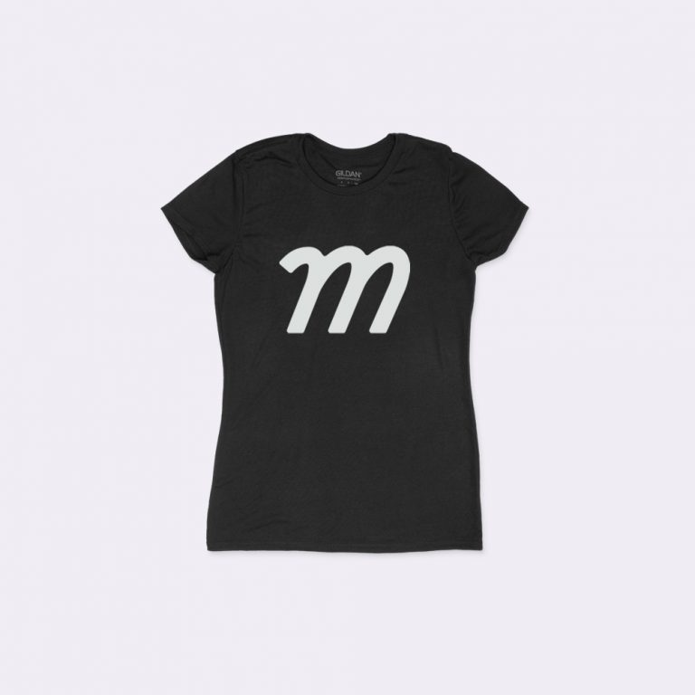 women's t-shirt mockup generator